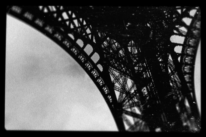 Paris San Fin by Michel Rieri