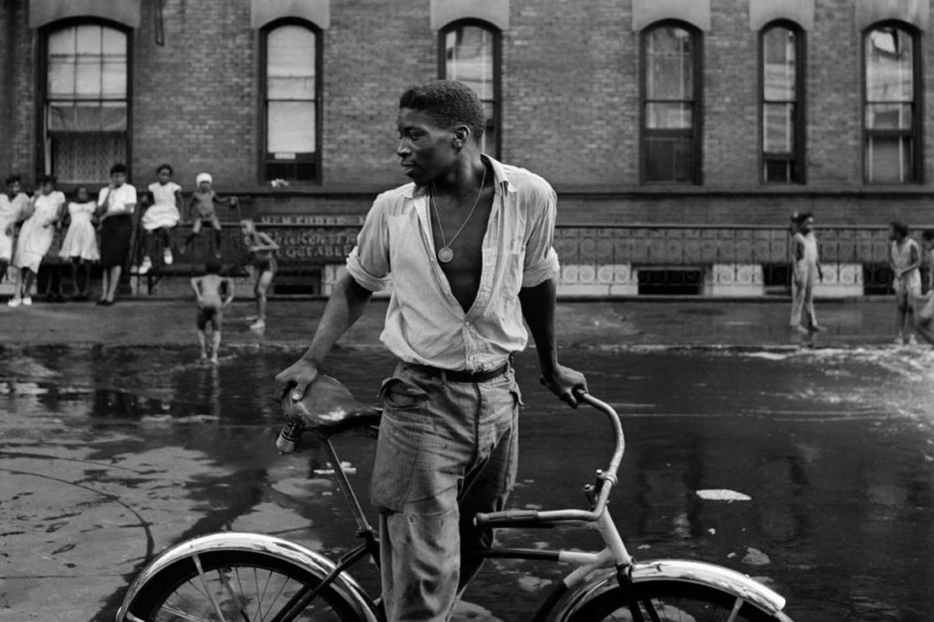 Gordon Parks - Street Photography