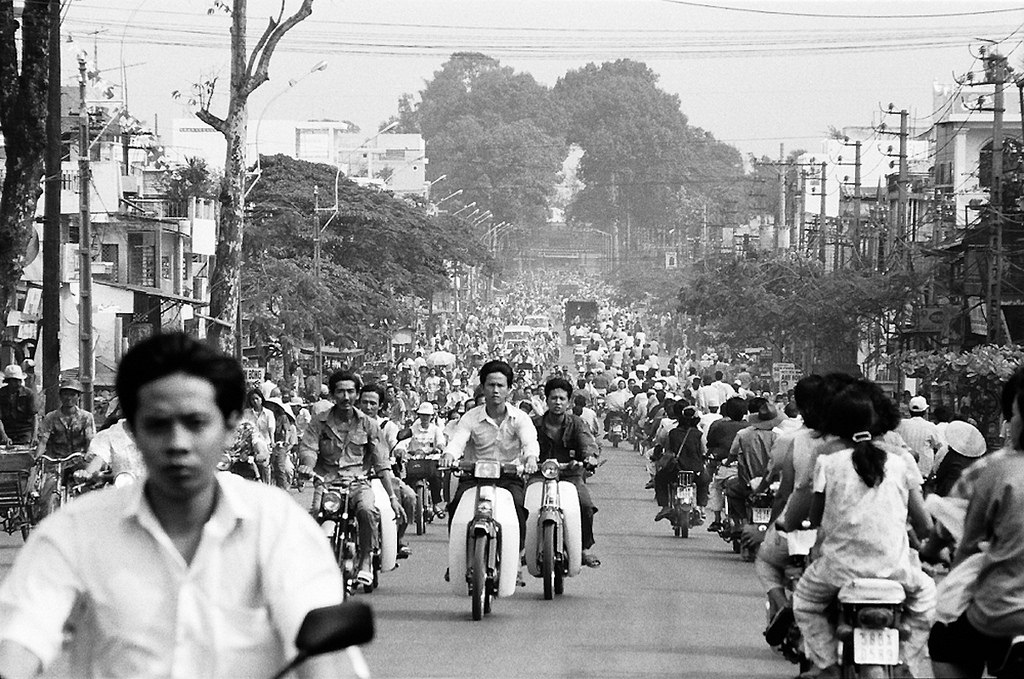 Plan to Travel - Saigon Street 1994