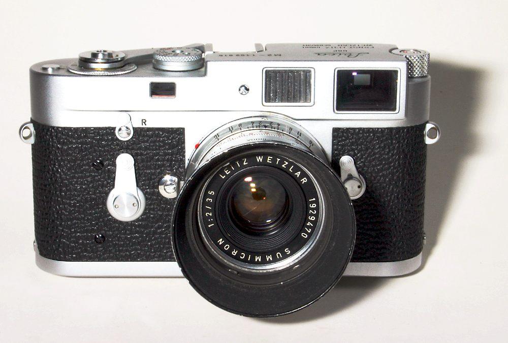Leica M2 Summicron 35