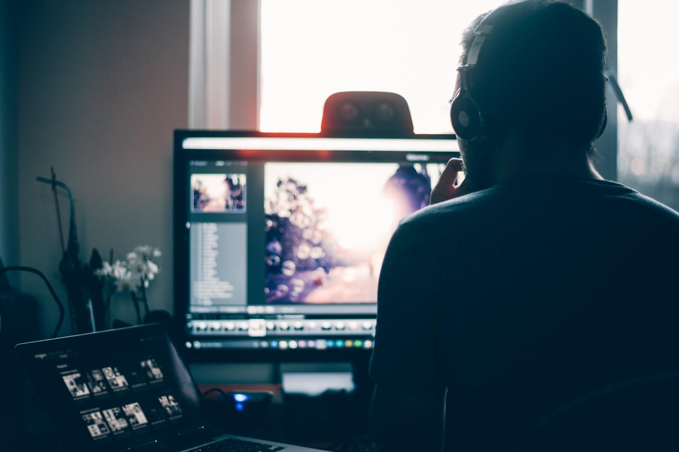Photournalism Degree - Editing Photos