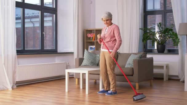 robot-mop-for-elder-3